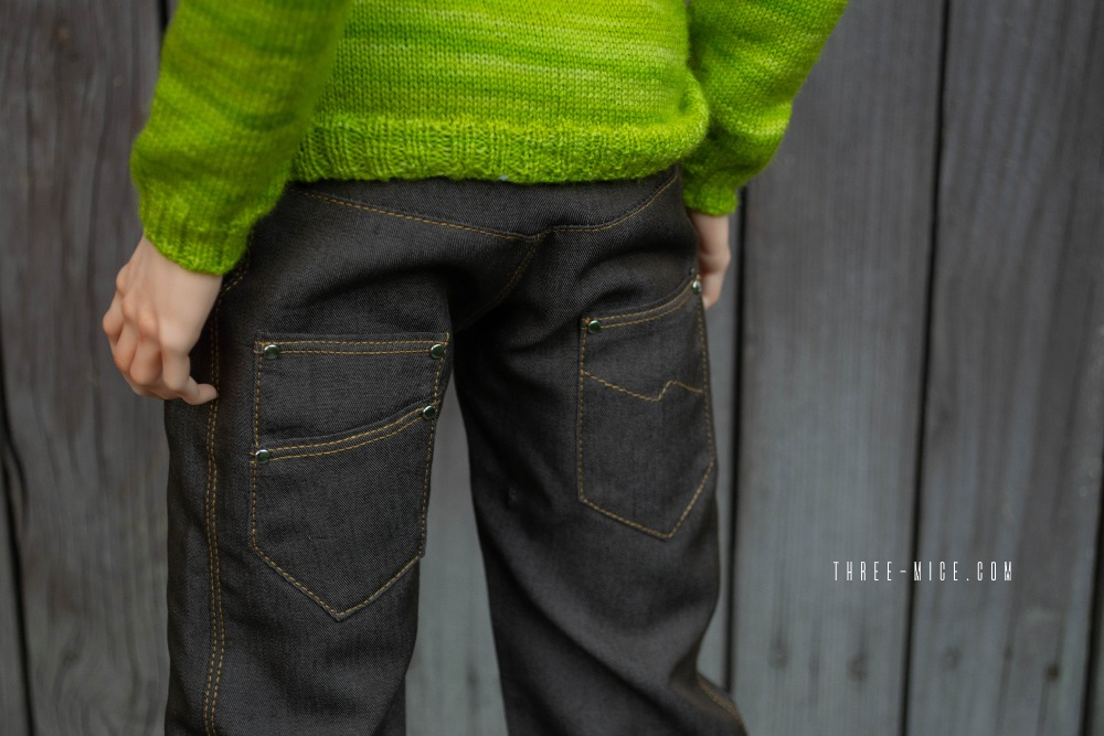 Loose fitting jeans for Pygmalion Teia 71, BJD