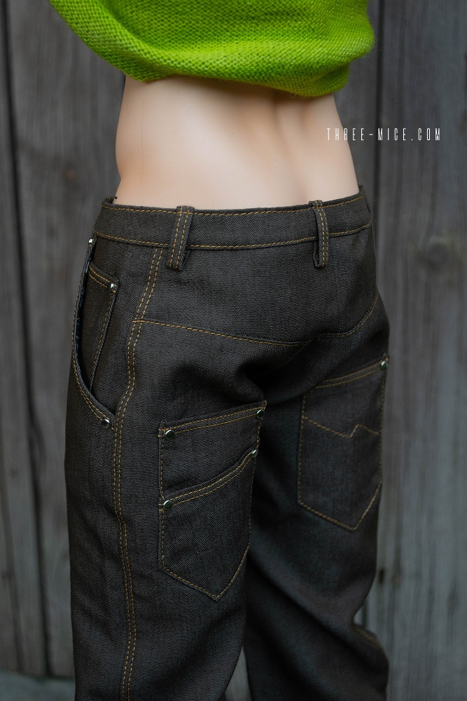 Loose fitting jeans for BJD