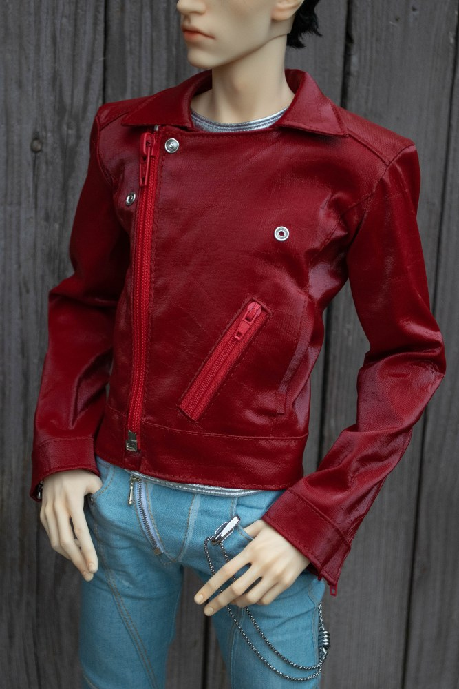 Red jacket for LLT Ballerino